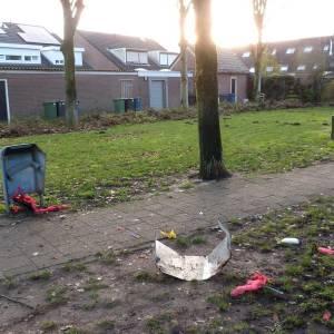 Vuurwerkbom bij Het Dierenplein