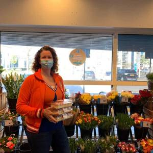 Buurttompouces fleuren Koningsdag op in Meierijstad