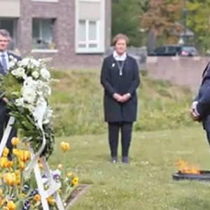 Burgemeester Kees van Rooij: 'We strijden nu tegen onzichtbare vijand'