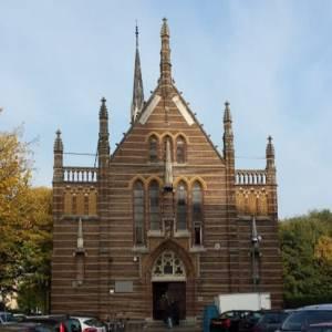 Monumentenorganisatie tegen plan Congregatiekapel Veghel