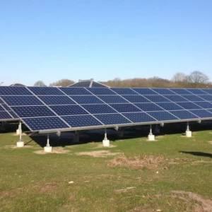 Dorpsraad Olland: gemeente duwt zonneparken door