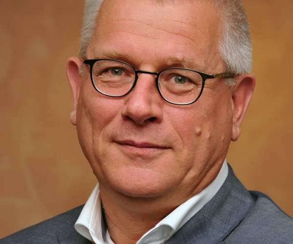 Oud-wethouder Jan van Burgsteden naar Waalre