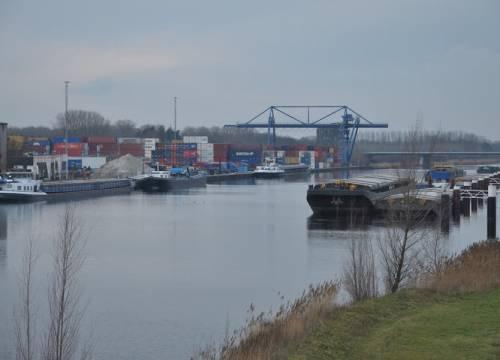 Van Berkel ziet containergroei doorzetten