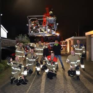 Confetti in plaats van water voor scheidende brandweerman
