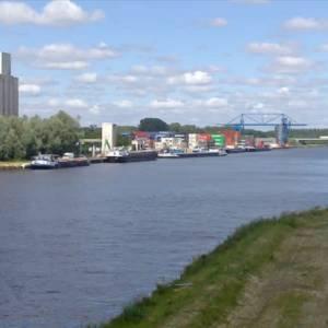 Gifschip Veghel kan naar Amsterdam