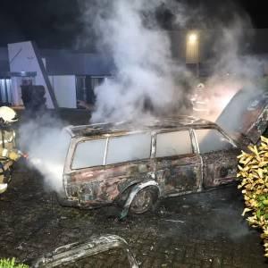 Auto uitgebrand: politie doet burgermelding