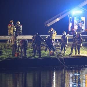 Vrouw die met auto in Zuid-Willemsvaart reed overleden